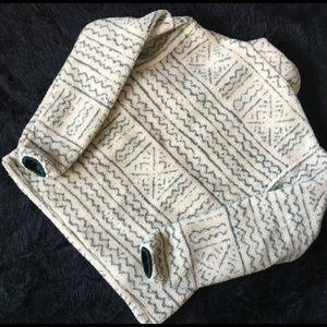 Patagonia Jackets & Coats - Patagonia Reversible Pile Fleece Pullover
